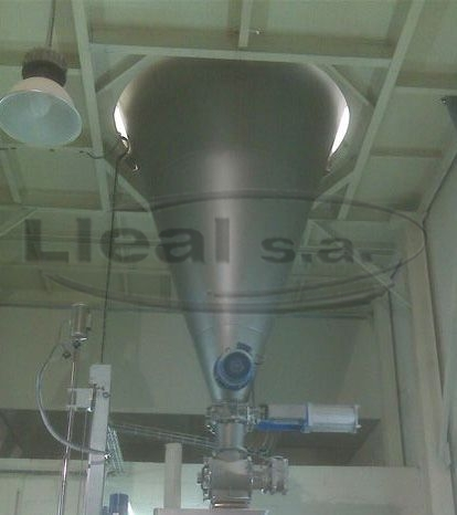 2000 L conical mixer equipped with intensifier system in the lower part and D-10 rotary valve installed in the discharge outlet of the mixer