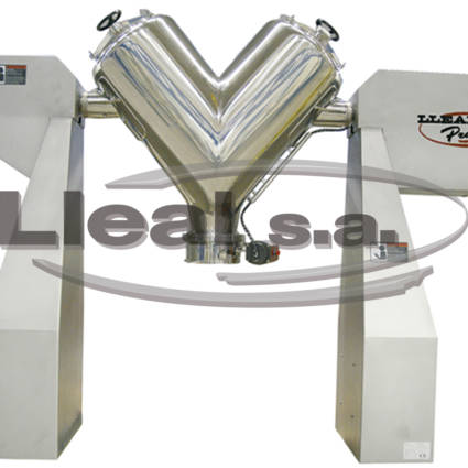 V blender B-400-CA equipped with intensifier. Designed for pharmaceutical applications.
