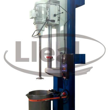 Agitador mural AGM-10, IP-55 con sistema de fijación de depósitos tipo correa.